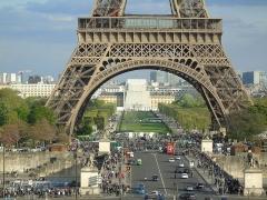 Pont d'Iéna - Español: Detalle de la Torre Eiffel, en París, Francia.