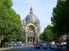 Eglise Saint-Augustin - English:   Malesherbes boulevard , Saint-Augustin church and place - Paris VIII