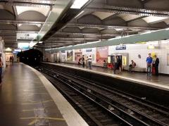 Métropolitain, station Saint-Lazare - Métro de Paris - ligne 3 - Station Saint-Lazare (France) -