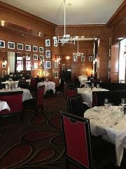 Brasserie restaurant Le Fouquet's - English: Fouquet's main room