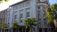 Théâtre des Champs-Elysées - English: Théâtre des Champs-Élysées