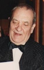 Théâtre des Champs-Elysées - English: Jean Carmet, French actor, at the César awards ceremony