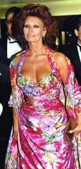 Théâtre des Champs-Elysées - English: Sophia Loren in Paris at the César awards ceremony