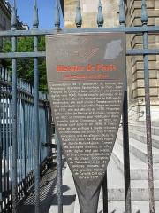 Eglise Notre-Dame-de-Lorette - Français:   Panneau Histoire de Paris