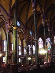 Eglise Saint-Eugène-Sainte-Cécile -  Colonnes polychromes en fonte de l'église Saint-Eugène (Sainte-Cécile), à Paris