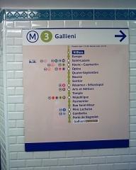 Métropolitain, station Opéra -  Panneau de destination de la station Opéra du Métropolitain de Paris.