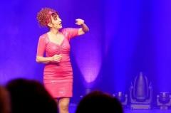 Théâtre des Folies-Bergère - English: Noëlle Perna performing her show