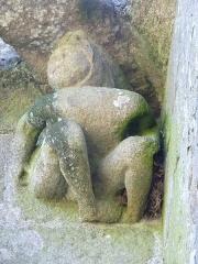 Chapelle Notre-Dame-de-Pitié - Français:   Chapelle du 16ème siècle - Détail d\'une sculpture
