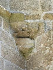 Chapelle Notre-Dame-de-Pitié - Français:   Chapelle du 16ème siècle - Détail: joueur de flûte.