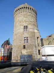 Château de la Reine Anne -  tour du chateau de dinan