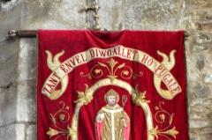 Eglise Saint-Envel - Brezhoneg: Lokenvel. Banniel. St Envel. Bugale