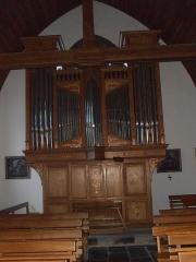 Eglise Saint-Jacques - Français:   Côte d\'Armor, Eglise Saint-Jacques. L\'orgue est de Yves Fossaert