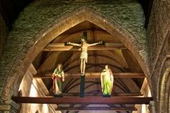 Eglise Saint-Jacques - Église de Perros-Guirec, arc triomphal et poutre de gloire entre la nef et le chœur