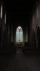 Abbaye de Boquen - Français:   Intérieur de l\'abbatiale de l\'abbaye cistercienne de Boquen, dans les Côtes-d\'Armor