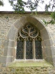 Chapelle Saint-Gonéry et cimetière - Français:   Baie avec remplage se trouvant dans la partie gothique de la chapelle Saint-Gonéry (Plougrescant)