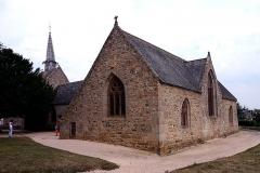 Chapelle Saint-Gonéry et cimetière -  France, Brittany, Plougrescant, St Gonery chapel