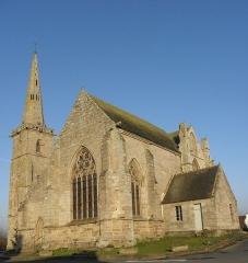 Eglise Sainte-Catherine - Chevet et flanc sud de l'église Sainte-Catherine de La Roche-Derrien (22).
