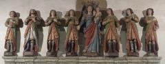 Chapelle des Sept-Saints - English: Cropped version of File:Les Sept-Saints dans le choeur.jpg