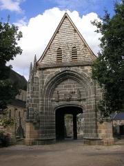 Cimetière -  Friedhofsportal der Abtei von Daoulas