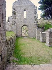 Ruines de la chapelle Sainte-Anne -