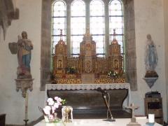 Eglise Sainte-Geneviève -  L'autel.