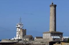 Tour et chapelle Saint-Pierre -  L\'ancien phare et le sémaphore
