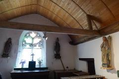 Tour et chapelle Saint-Pierre - Français:   La chapelle Saint-Pierre à Penmarc\'h (Finistère, Bretagne, France).