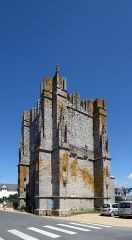 Ruines de la tour de Saint-Guénolé - Français:   Tour de Saint-Guénolé
