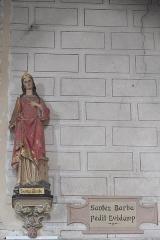 Eglise Saint-Pierre et chapelle funéraire - Deutsch: Katholische Pfarrkirche Saint-Pierre in Pleyber-Christ im Département Finistère (Region Bretagne/Frankreich), heilige Barbara