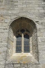 Eglise Saint-Demet - Deutsch: Kirche Saint-Demet in Plozévet im Département Finistère (Region Bretagne/Frankreich), Fenster