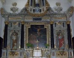 Eglise Saint-Martin de Tours - Intérieur de l'église Saint-Martin-de-Tours d'Amanlis (35). Maître-autel et son retable. Partie médiane.