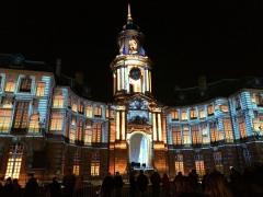 Hôtel de ville - La mairie de Rennes lors des illuminations de noël