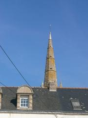 Eglise Saint-Cornély - English: église de Carnac, détail du clocher