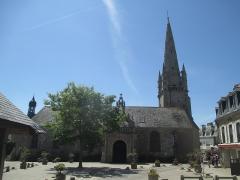 Eglise Saint-Cornély - עברית: כנסיית סנט קורנלי בקרנאק