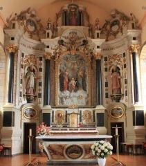 Eglise Saint-Cyr - Français:   Église Saint-Cyr (Moréac): retable central, figurant la sainte famille, saint-Patern, et saint-Nicolas