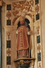 Eglise Saint-Cyr - Français:   Église Saint-Cyr (Moréac): statue de Saint-Nicolas du retable central