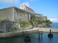 Citadelle du Palais, à Belle-Ile-en-Mer - Citadelle Vauban depuis l'Avant-Port - Le Palais
