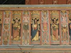 Chapelle Saint-Nicolas - Français:   Élévation est du jubé de la chapelle Saint-Nicolas de Priziac (56). Tribune. Apôtres. Saint-Jean, Saint-Thomas et Saint-Philippe.