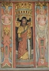 Chapelle Saint-Nicolas - Français:   Élévation est du jubé de la chapelle Saint-Nicolas de Priziac (56). Apôtre. Saint-Simon.