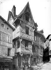 Ancien hôtel du Charriol, dit château ou maison du Piroux -