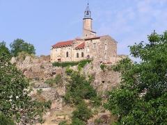 Château fort et église Saint-Jean du Marchidial - Français:   Château historique sur le site du Marchidial