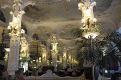 Grand Café - Deutsch: Grand café in Moulins im Département Allier (Auvergne-Rhône-Alpes/Frankreich)