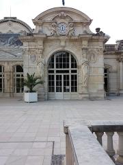 Théâtre et grand Casino - Pavillon droit.