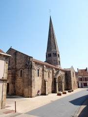 Eglise Saint-Martin - Français:   Église Saint-Martin d\'Ygrande (Allier, France)