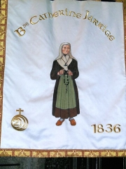Eglise Notre-Dame-des-Miracles - English: Parish banner showing the Blessed Catherine Jarrige, Mauriac, Cantal, ND des Miracles,