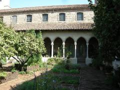 Ancienne abbaye de Bonnefont (également sur commune de Sepx) -  The cloisters, bonnefort cloister