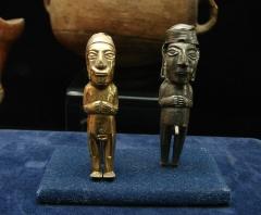Ancien couvent des Jacobins -  Statuettes inca, or et argent.Musée d'Auch.