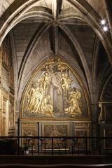 Chapelle Notre-Dame-de-Pitié - Français:   Intérieur de la chapelle Notre-Dame-de-Pitié de l\'église St Sauveur de Figeac; panneau à gauche de l\'autel-retable: Descente de Croix & Vierge des sept douleurs entre deux anges.
