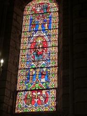 Eglise Saint-Sauveur et crypte Saint-Amadour - Français:   Vitrail de la basilique Saint-Sauveur de Rocamadour (Lot, France)