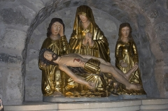 Eglise Notre-Dame -   Pietà, surrounded by St John and Mary Magdalene (limit 15th century, 16th century).
